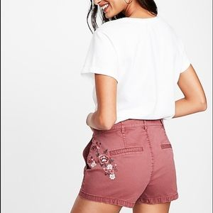 Midrise embroidered pink twill shorts